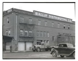 Ballif Distributing Co., Southeast 3rd Avenue and Southeast Alder Street, Portland
