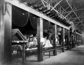 Oregon exhibits at Louisiana Purchase Exposition, 1904