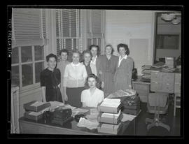 Employees in office at Albina Engine & Machine Works