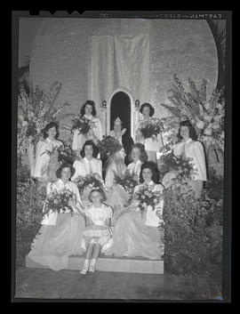 1942 Portland Rose Festival court and crown bearer at coronation