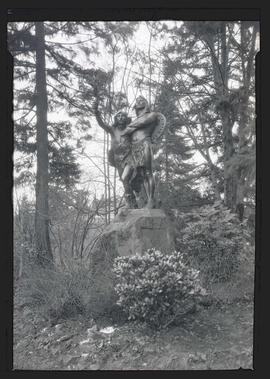 'Coming of the White Man' statue, Washington Park, Portland