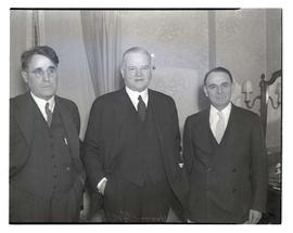 R. G. Callvert, Herbert Hoover, and O. L. Price at Benson Hotel, Portland