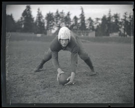 Ted Parks, football player