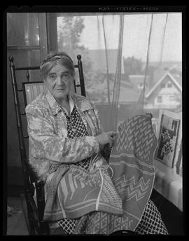 Weaving expert Mary Meigs Atwater
