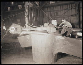 Cleaning steel-cast components at Columbia Steel Casting Company