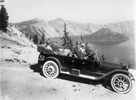 Car and group at Crater Lake