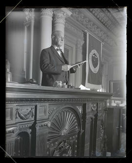 Walter M. Pierce in House chambers, Oregon State Capitol