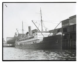 Admiral Farragut moored at Admiral Line terminal in Portland