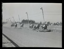 Horse race, possibly at Gresham track