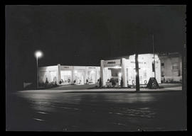 Shell service station at night, East Broadway and Wheeler, Portland