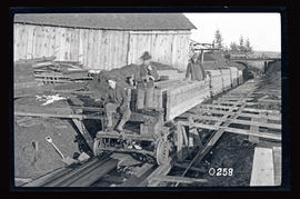 Bull run, Little Sandy Dam , lumber carrier