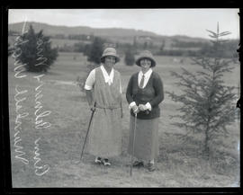 Ann Palmer and Mrs. Marshall Wright, golfers