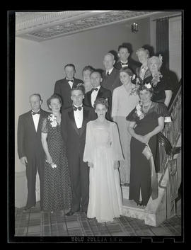 Group at Marylhurst College prom, Multnomah Hotel, Portland, 1943?