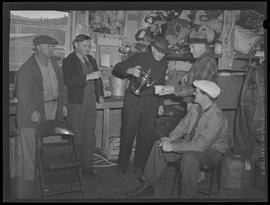 Workers pouring tea at Oregon Shipbuilding Corporation, Portland
