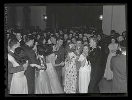 Students and dates at Marylhurst College senior ball, 1945