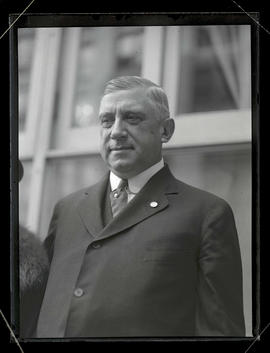 Charles M. Schwab during visit to Portland to inspect shipbuilding operations