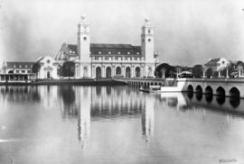 U.S. Government Buildings, Lewis and Clark Centennial Exposition, 1905