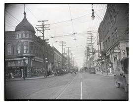Williams Avenue at Russell Street, Albina, Portland