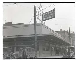 Sea Wall Public Market, Southwest Front Avenue and Yamhill, Portland