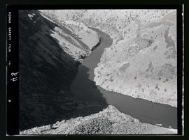 River bend at Cove Palisades State Park