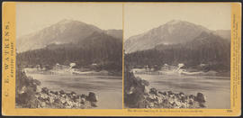 """The Middle Landing, O.R.R., Cascades, Columbia River."" (Stereograph 1258)"