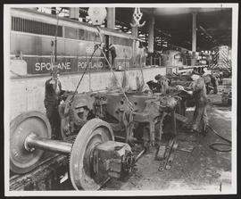 Changing Wheels and Traction Motors, SP&S Railroad Shop