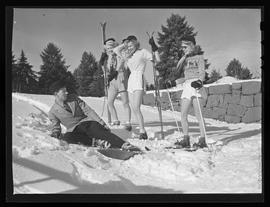 Models on skis