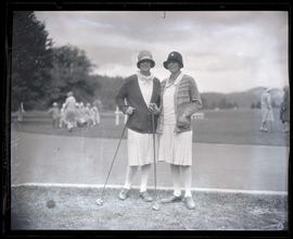 Mrs. S. B. Hoskin and Mrs. L. H. Meister, golfers