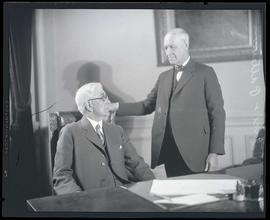 Isaac L. Patterson and Walter M. Pierce in governor's office, Oregon State Capitol