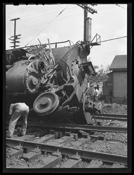 Freight and Astoria passenger train collision at Willbridge station
