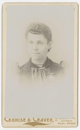 Portrait of an unidentified woman from Cronise & Craven Studio