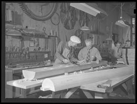 War industry workers in woodshop at Albina Engine & Machine Works, Portland