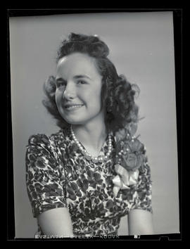 1942 Portland Rose Festival Princess Jean Grashorn, Roosevelt High School