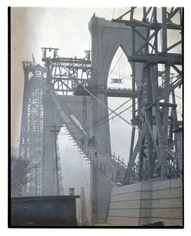 St. Johns Bridge under construction