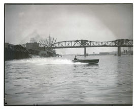 Motorboat on Willamette River near Broadway Bridge
