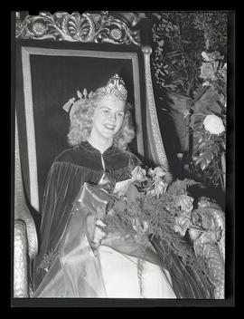 1944 Portland Rose Festival Queen Jo Anne Bush at selection ceremony