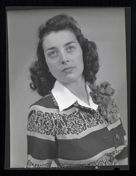 1942 Portland Rose Festival Princess Margaret Grasle, Lincoln High School