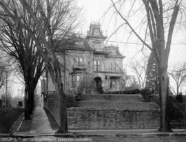 W. S. Ladd house, SW 6th and SW Columbia, Portland, Oregon, circa 1907