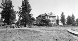 Bend, Oregon, high school, 1911